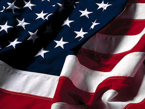 (le drapeau américain)